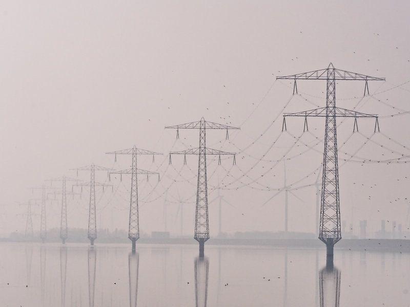 Electricity The Poles van Henk Goossens