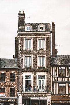 Un bel immeuble à Pont-Audemer en France sur Bryan Van Tiggelen