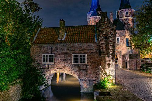 Oostpoort Delft, een foto naar tekening van Anton Pieck