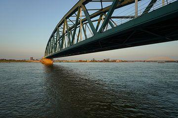Nijmegen Spoorbrug van Alice Berkien-van Mil
