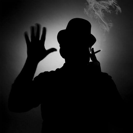 Smoke 'em if you got 'em. van Pieter van Roijen
