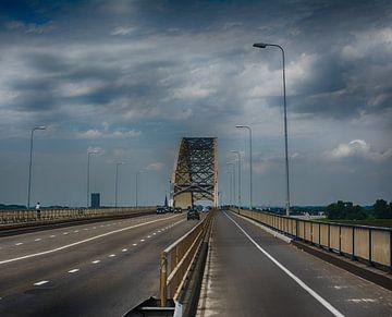 waalbrug nijmegen 2016 vierkant van Groothuizen Foto Art