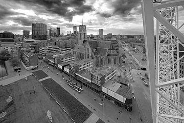 Laurenskerk zwart / wit te Rotterdam van Anton de Zeeuw