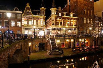 Vans, Vero Moda, King Arthur, Oudaen en Taverna aan de Oudegracht in Utrecht von Donker Utrecht