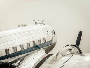 Vintage Douglas DC-3 propellor vliegtuig klaar voor opstijgen