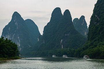 Yangshuo Karstgebirge Li Fluss von Wilco Speksnijder