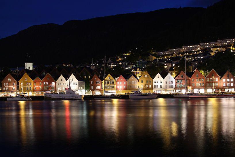 Bryggen, Bergen von Sven Zoeteman