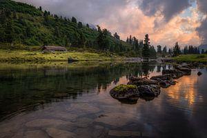 Cabin at the lake van Erik Smits
