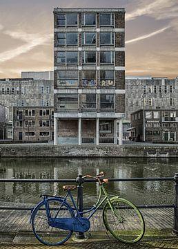 Vélo bleu, vélo vert. sur Pieter van Roijen