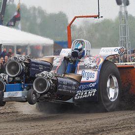 NK tractor pulling - Power Valley - Oudkarspel - Nederland. van Jan Plukkel