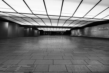 tunnel roermond outlet centrum architectuur von Mario Driessen