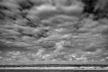 Wolken über der Nordsee von Linsey Aandewiel-Marijnen