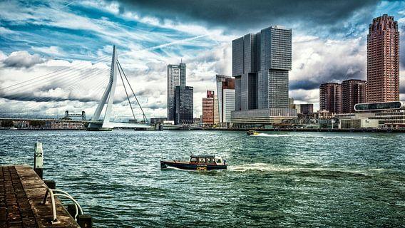 'Skyline' Rotterdam (color) van Rick van der Poorten