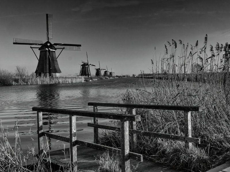 De aanlegsteiger in zwart/wit van Jan Enthoven Fotografie