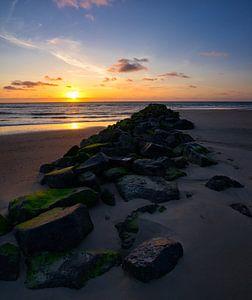 Zonsondergang boven zee van Bart Nikkels