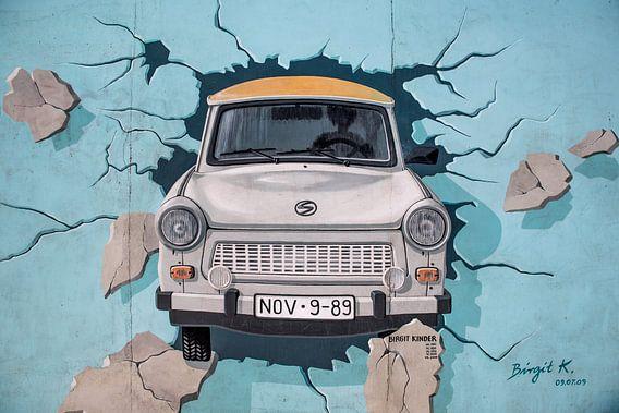 Trabant uit de muur