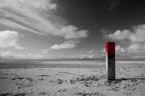 Strandpaal op Terschelling van Foto vanAnno