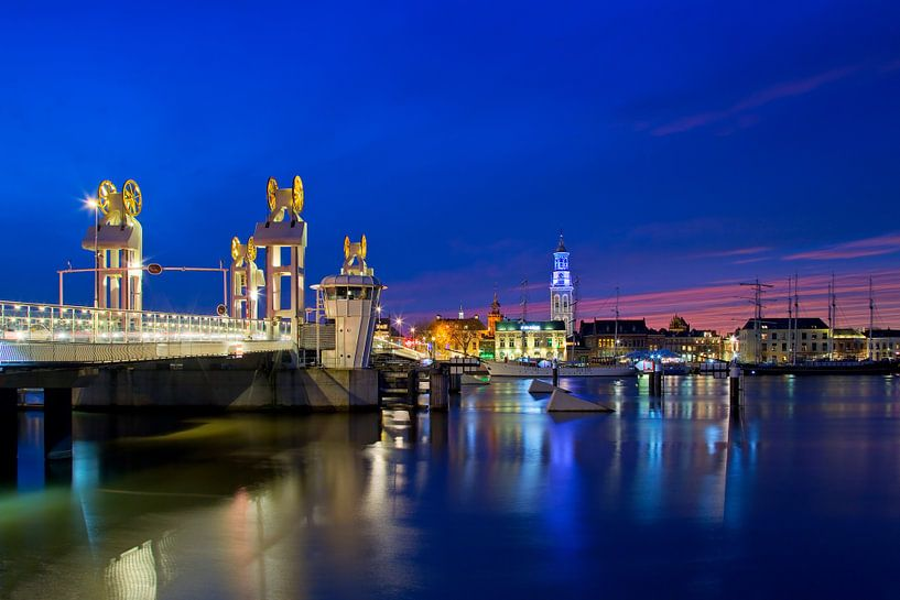 Stadsbrug en Klokkentoren Kampen van Anton de Zeeuw