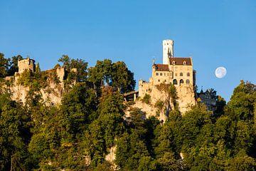 Schloss Lichtenstein auf der Schwäbischen Alb von Werner Dieterich