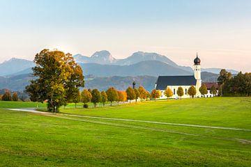 Kerk in de Beierse heuvels van