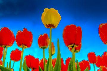 Gele Tulp tussen de Rode Tulpen van Alex Hiemstra