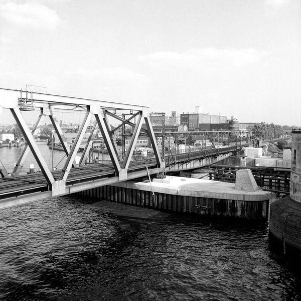 Dordrecht aanleg nieuwe Spoorbrug van Dordrecht van Vroeger