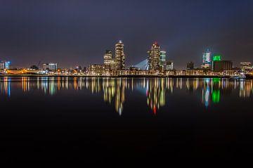 Maashaven, Rotterdam bij nacht sur Marco Faasse