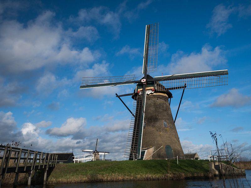 molen, typisch hollandse lucht van Chris Es, van