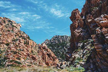 Paysage rocheux de la Costa Paradiso sur Tom Rijpert