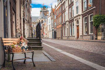 Uitgestorven straten tijdens de Corona, in Dordrecht van Petra Brouwer