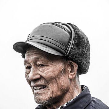 Chinese man met hoed van Rob Bleijenberg