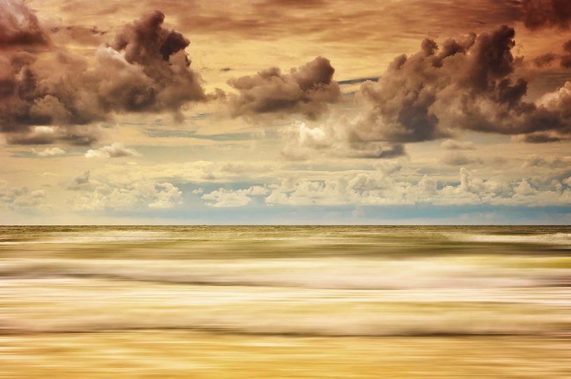 Stürmische Nordsee von Angela Dölling
