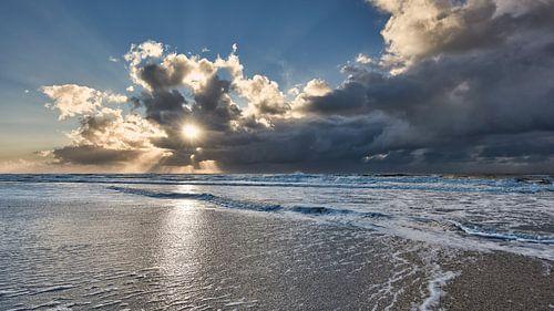Zeegezicht van de Noordzee van