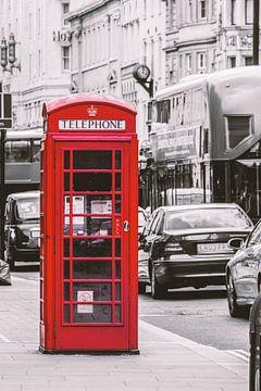 Rode telefooncel in Londen van Felix Brönnimann