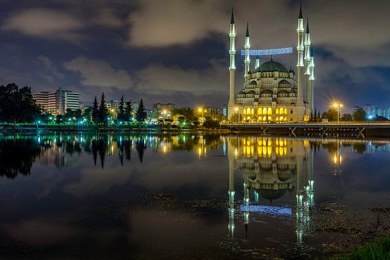 Hassan Aga moskee van Adana  van Roy Poots
