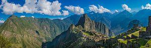 Machu Picchu en omgeving, Peru. Panoramafoto van