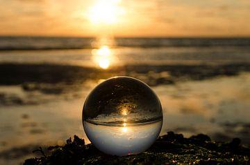 zonsondergang met lens ball sur Annelies Cranendonk