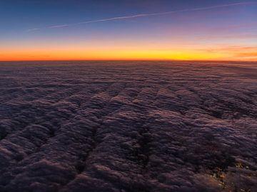Hoch über den Wolken von Denis Feiner