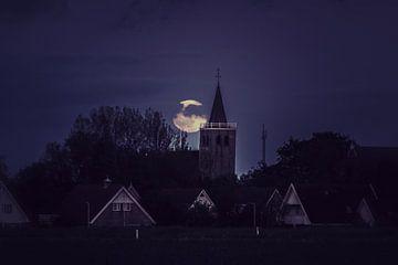 De maan bij Midlum van Sidney Portier