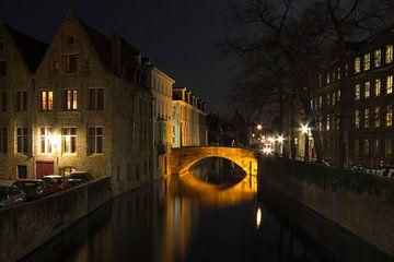 De nacht valt in Brugge van Martijn Mureau