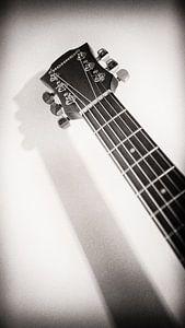 Schaduwspel Hohner gitaar