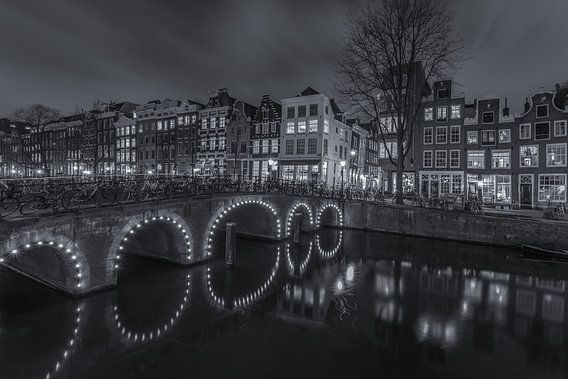 Amsterdam by Night - Herengracht en Herenstraat - 2