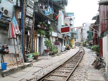 Hanoi Vietnam, spoorlijn van Tineke Mols