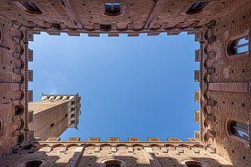 Siena Torre del Mangia van Dennis Eckert