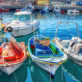 HDR boten in de haven van Puerto de Mogán een kustplaats in het zuidwesten van Gran Canaria van W J Kok
