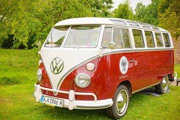 Volkswagen Tranporter T1 retro bus van Sjoerd van der Wal