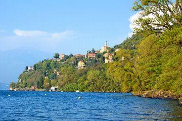 Blick auf Pino sulla Sponda del Lago Maggiore von Gisela Scheffbuch