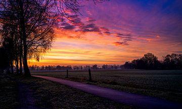Wunderschöner Sonnenaufgang entlang des Wanderweges von Bart cocquart