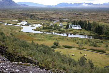 Huisjes en kerk in IJsland van
