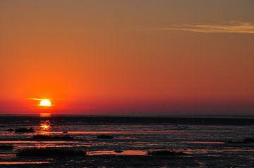 Zonsondergang aan zee von Lex Schulte